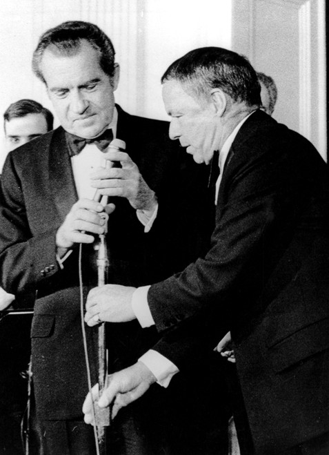 Frank Sinatra Performs At The White House. President Richard M. Nixon History - Item # VAREVCPBDFRSICS002