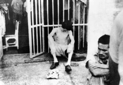 Conditions Inside Castro'S Cuban Prisons. A Photo Smuggled Out Of Havana'S Cabana Fortress History - Item # VAREVCCSUA001CS575