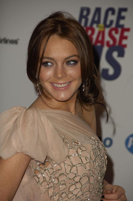 Lindsay Lohan At Arrivals For The 13Th Annual Race To Erase Ms Gala To Benefit The Nancy Davis Foundation For Multiple Sclerosis, The Hyatt Regency Century Plaza Hotel & Spa, Los Angeles, Ca, May 12, 2006. Photo By Michael - Item # VAREVC0612MYDGM052