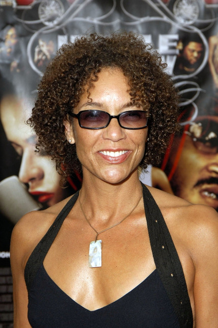 Stephanie Allain At Arrivals For Hustle & Flow Los Angeles Premiere, Cinerama Dome At Arclight Cinemas, Los Angeles, Ca, July 20, 2005. Photo By Michael GermanaEverett Collection Celebrity - Item # VAREVC0520JLDGM004