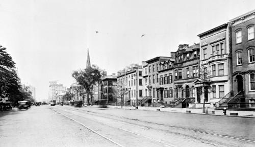 Newark History - Item # VAREVCHISL018EC213