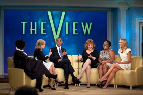 President Obama Records An Episode Of 'The View' At Abc Studios In New York N.Y. July 28 2010. Pictured From Left Are Whoopi Goldberg Barbara Walters Joy Behar Sherri Shepherd And Elisabeth Hasselbeck. History - Item # VAREVCHISL025EC271