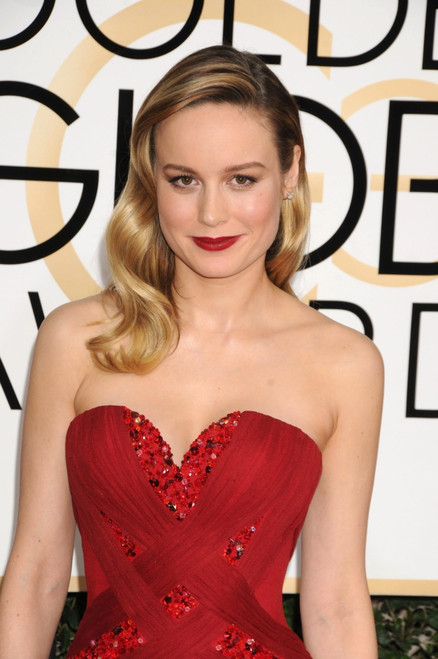 Brie Larson At Arrivals For 74Th Annual Golden Globe Awards 2017 - Arrivals 2, The Beverly Hilton Hotel, Beverly Hills, Ca January 8, 2017. Photo By Adrian NewtonEverett Collection Celebrity - Item # VAREVC1708J14C6012