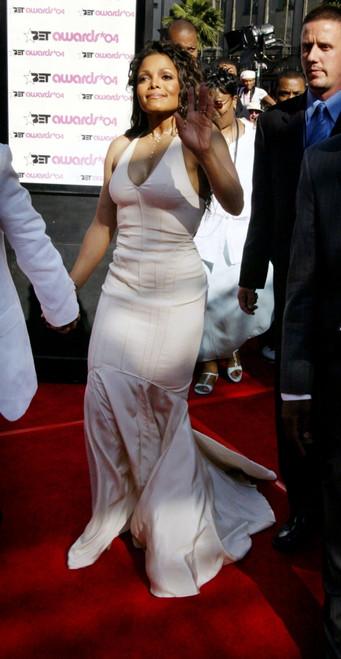 Singer Janet Jackson, Arrives At The 4Th Annual Black Entertaiment Awards At The Kodak Theater June 29, 2004 In Hollywood, Ca.   Celebrity - Item # VAREVC0429JNAAJ077