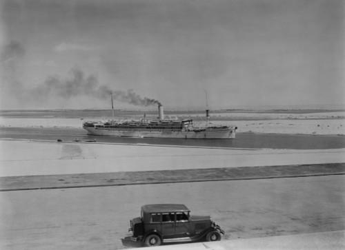 Ocean Liner Aquileia Passing Through The Suez Canal At Ismailia. Ca. 1935. Lc-Dig-Matpc-03809 History - Item # VAREVCHISL022EC225