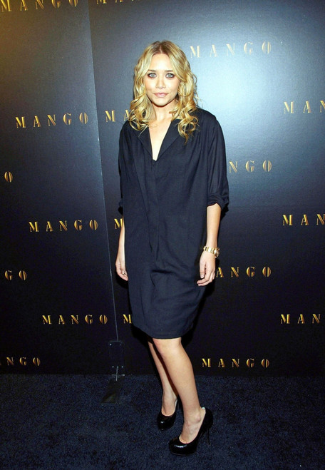 Ashley Olsen At Arrivals For Grand Opening Relaunch Party For Restored Mango Flagship Store In Soho, Mango Flagship Store In Soho, New York, Ny, November 20, 2008. Photo By Desiree NavarroEverett Collection - Item # VAREVC0820NVENZ001