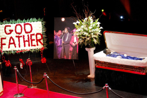 James Brown Inside For Godfather Of Soul James Brown Harlem Memorial Viewing, Apollo Theater, New York, Ny, December 28, 2006. Photo By Ray TamarraEverett Collection Celebrity - Item # VAREVC0628DCBTY011