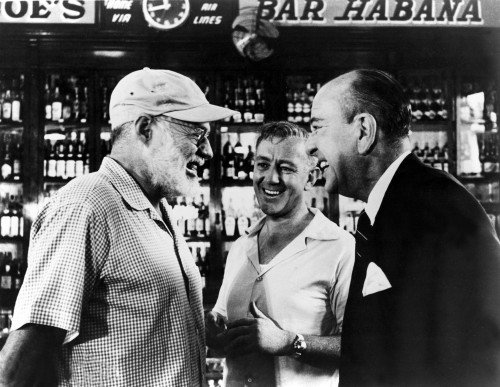 Writer Ernest Hemingway Chats With Actors Alec Guinness And Noel Coward At Sloppy Joe'S Bar During A Visit To The Our Man In Havana Set History - Item # VAREVCPBDALGUEC006