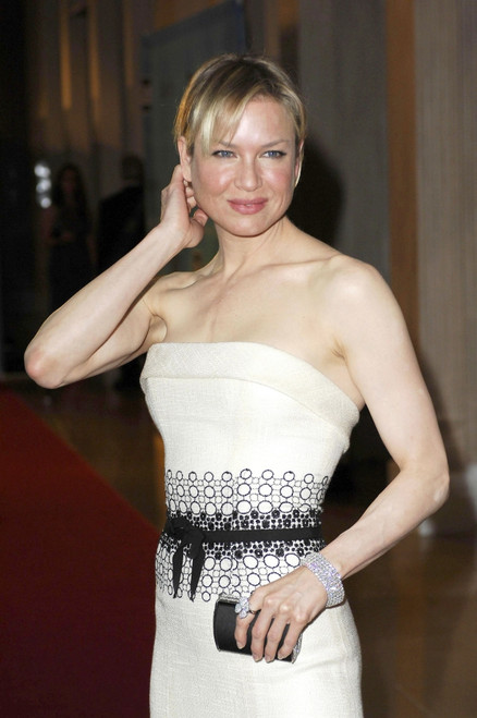 Renee Zellweger At Arrivals For Women In Film Presents The Best Of The Best 2007 Crystal Lucy Awards, Beverly Hilton Hotel, Los Angeles, Ca, June 14, 2007. Photo By Michael GermanaEverett Collection - Item # VAREVC0714JNCGM074