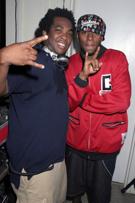 Dj Reach, Mos Def Inside For Out And About, The Star Room, East Hampton, Ny, July 30, 2005. Photo By Rob RichEverett Collection Celebrity - Item # VAREVC0530JLEOH004