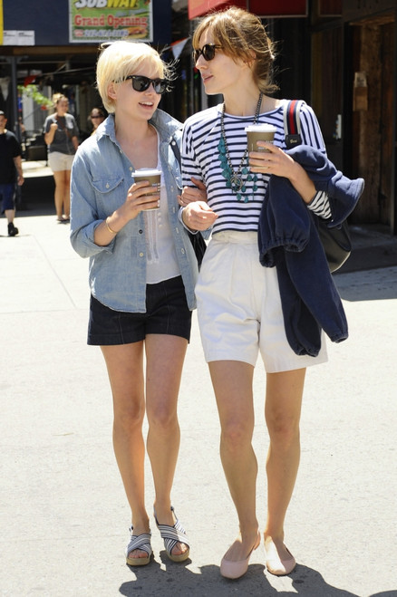 Michelle Williams, Friend, Walk In Noho Out And About For Celebrity Candids - Friday, , New York, Ny May 7, 2010. Photo By Ray TamarraEverett Collection Celebrity - Item # VAREVC1007MYATY004