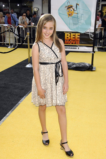 Rachel Fox At Arrivals For The Bee Movie Los Angeles Premiere, Mann'S Village Theatre, Los Angeles, Ca, October 28, 2007. Photo By Michael GermanaEverett Collection Celebrity - Item # VAREVC0728OCHGM003