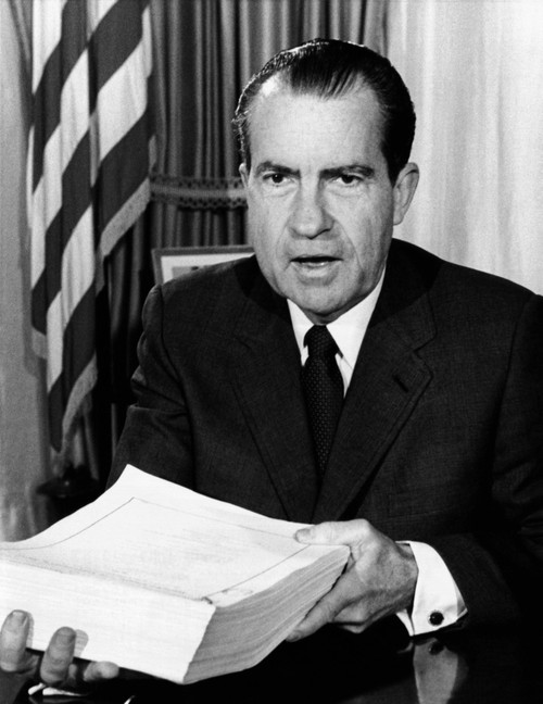 President Nixon After Signing The Most Far-Reaching Tax Bill Since The Enactment Of The Income Tax In 1913. The Tax Reform Compensated For The Effect Of 1960S Inflation By Raising The Threshold Of Non-Taxable Income History - Item # VAREVCCSUA000CS45