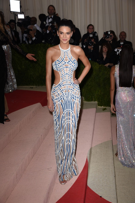 Kendall Jenner, In Atelier Versace At Arrivals For Manus X Machina Fashion In An Age Of Technology Opening Night Costume Institute Annual Gala - Part 3, Metropolitan Museum Of Art, New York, Ny May 2, 2016. Photo By Derek StormEverett - Item # VAREVC