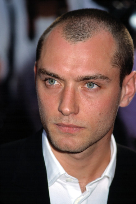 jude law hair style jude at world premiere of a i artificial intelligence 3374 | EVCPSDJULACJ002H 68301.1542192302.500.659