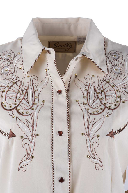 Scully Women's Horseshoe And Flower Western Snap Shirt - Close-up Front