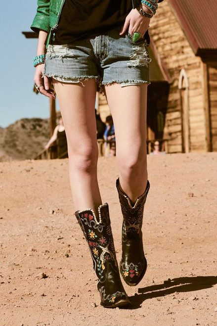 Old Gringo Double D Ranch Cowgirl Bandit Boots - Alt