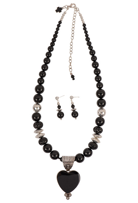 Sweet Tea Jewelry Onyx Heart Necklace Set - Front