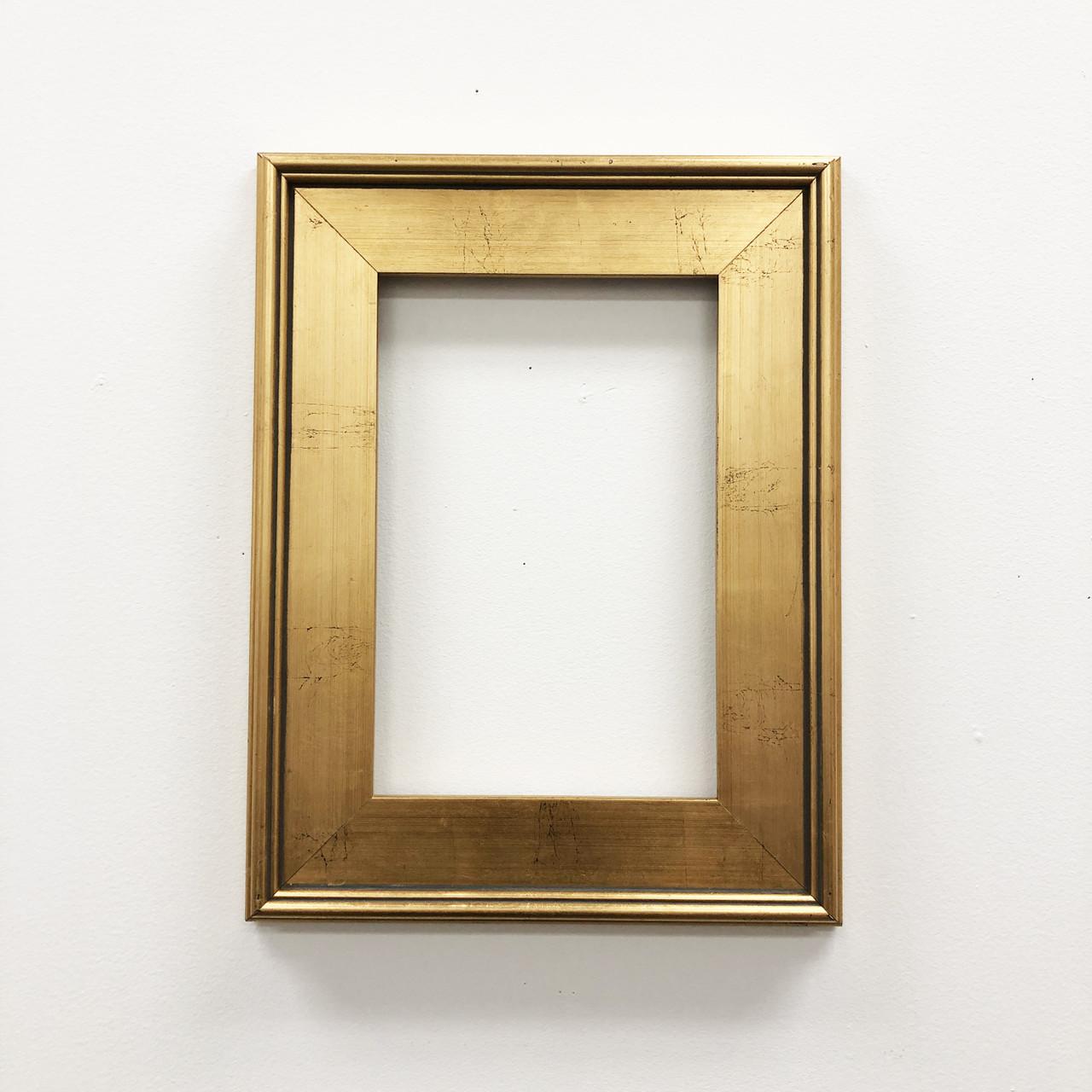 Picture Frames & Hanging Hardware