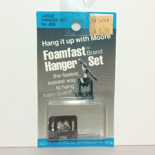 Moore No. 423 Foamfast Large HANGERS 2-Pack