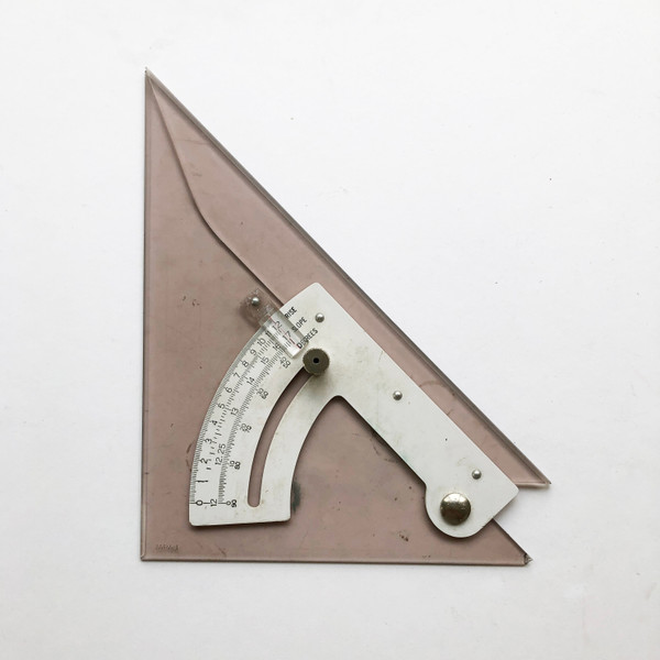 """Vintage Magnifying Adjustable 8"""" 45/90 Degree Smoke-colored Triangle"""