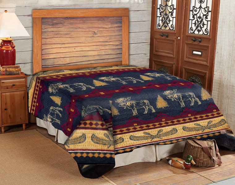 QUEEN SIZE BLANKET MOOSE FEVER WITH 3 MATCHING SHAMS