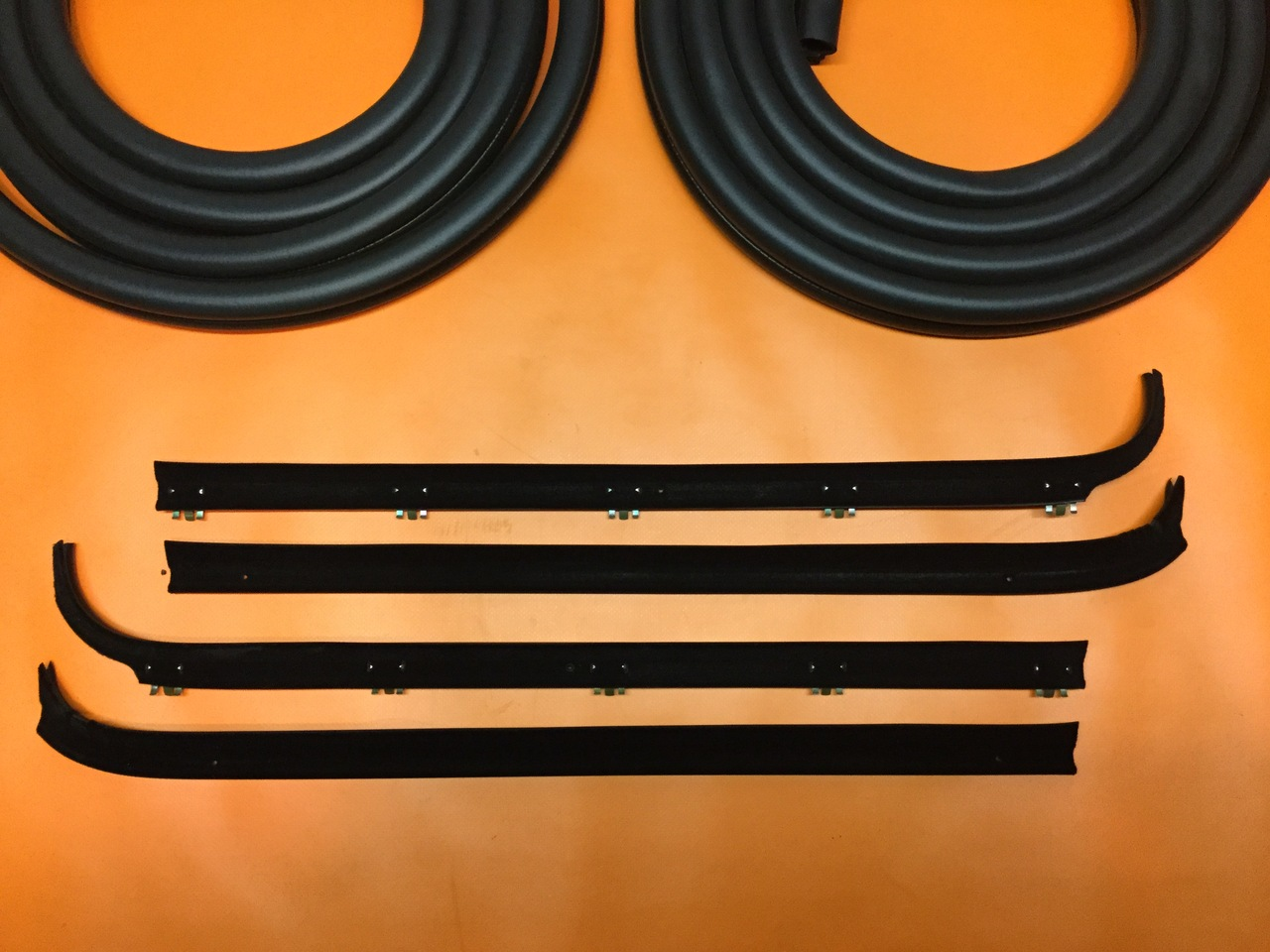1980-1986 Ford Pickup and Bronco Door Seal Weatherstripping Kit Precision