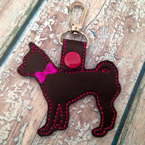 Bag Tag Novelty Keyfob - Chihuahua Black / Hot Pink with Bow