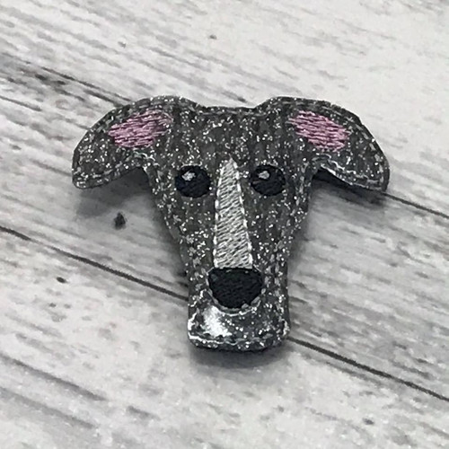 Magnet - Houndie Head Grey Brindle Glitter with Stripe
