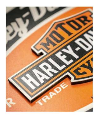 Harley-Davidson Motor Oil Custom-Cut Bar & Shield Key Rack, Black HDL-15307 - Wisconsin Harley-Davidson