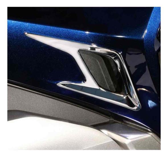 Ciro Goldstrike Side Panel Vent Accent Trim Kit, Chrome or Black 78205-78206 - Wisconsin Harley-Davidson