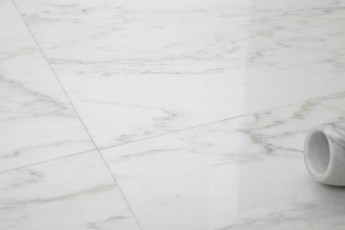 Ocean White Honed 24x24