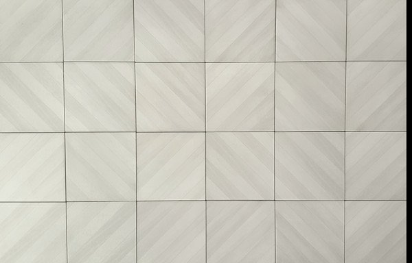Essential White 8x8 Labyrinth Tiles