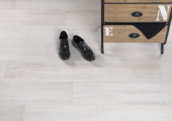 Lignum White 8x48 Tile
