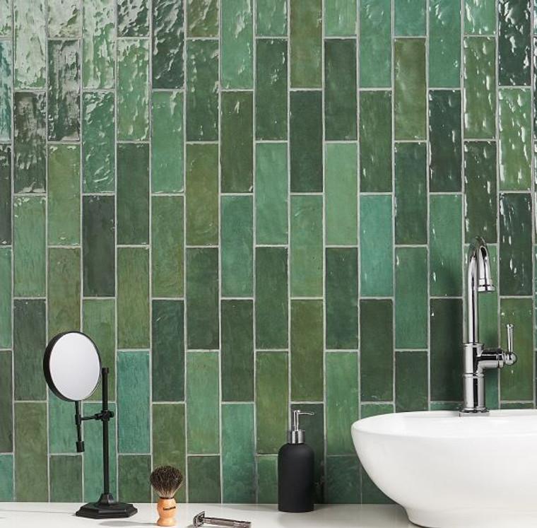 Trinity Green Gloss 2.6x7.9