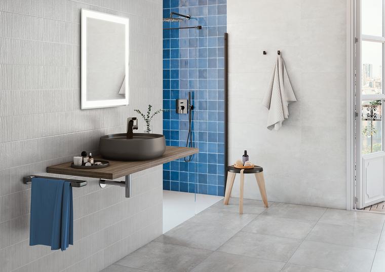 "Mediterranea Azul Gloss 5""x5"" Ceramic Wall Tile on Shower Wall"