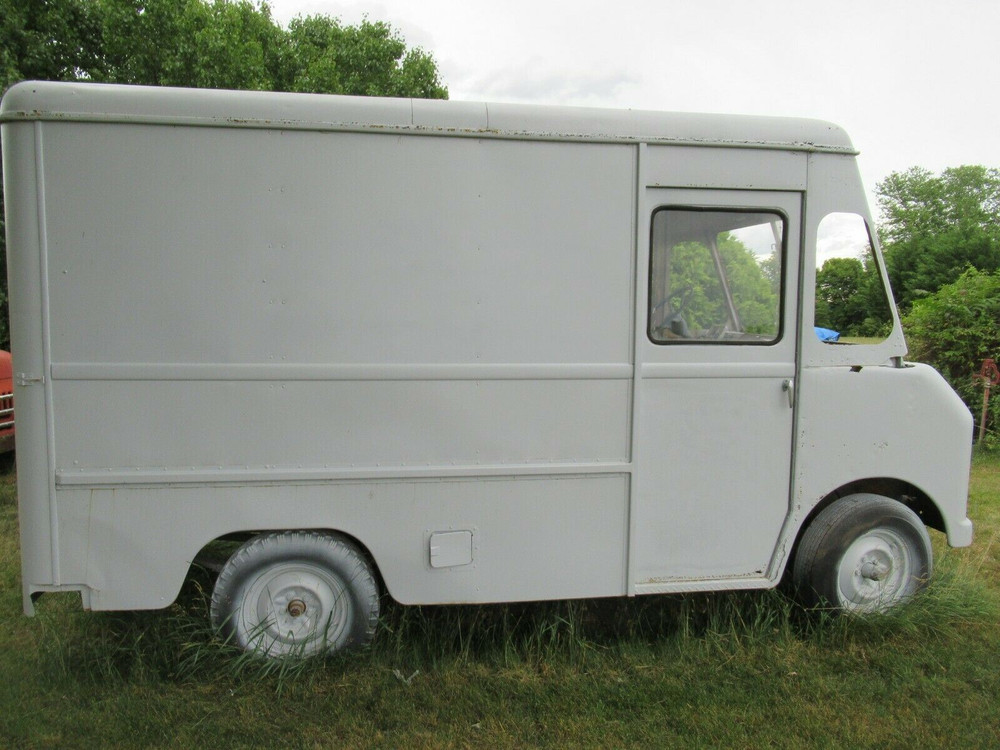 1963 International Harvester Metro Mite