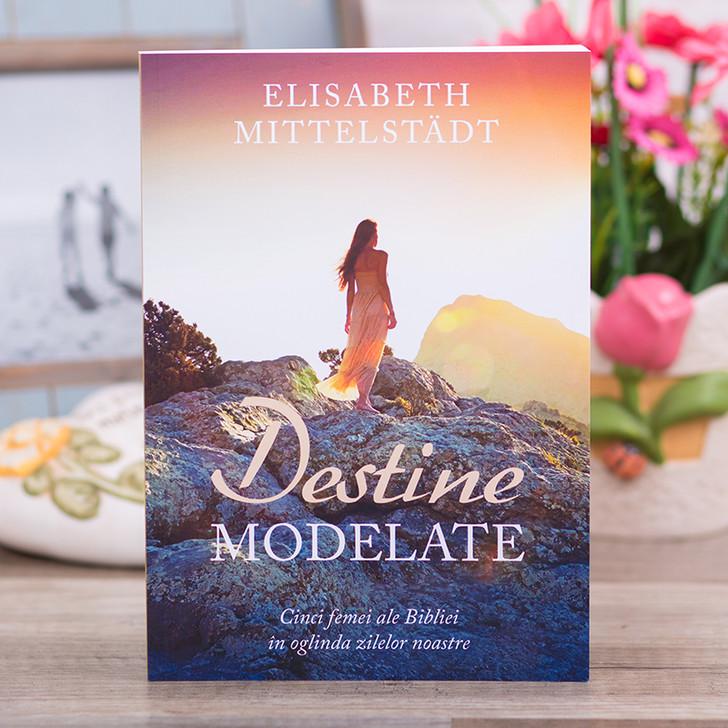 Destine modelate - Elisabeth Mittelstadt