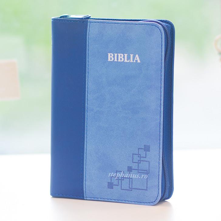 Biblia format mic + fermoar ALBASTRU SBIR 046 ZTI