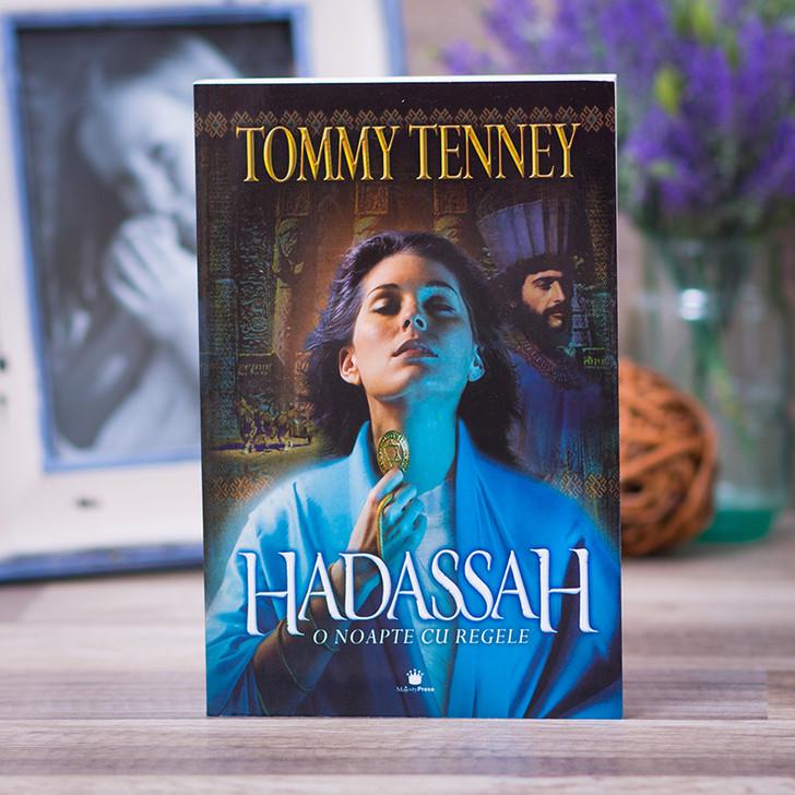 HADASSAH - O noapte cu regele, tommy, tenney,