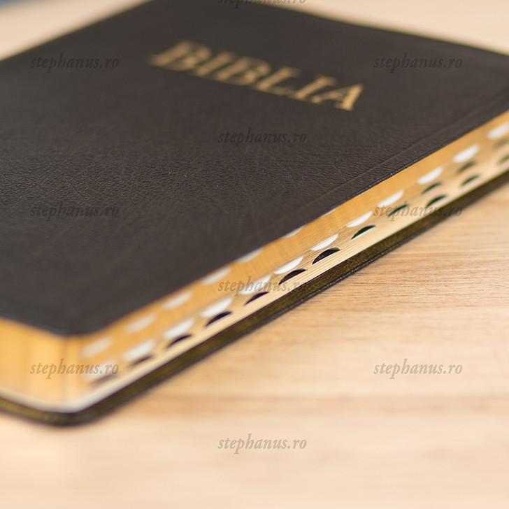 Biblia format mare din piele / aurita cu index