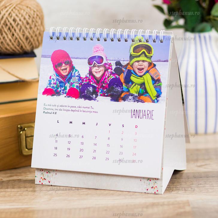 Calendar cu copii de birou 2021