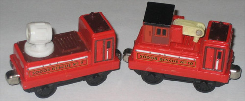 Thomas The Tank Engine Gullane (2004) Sodor Rescue No. 9 & 10 Spotlight & Hose Car - Learning Curve (Magnetic Metal Die-Cast)