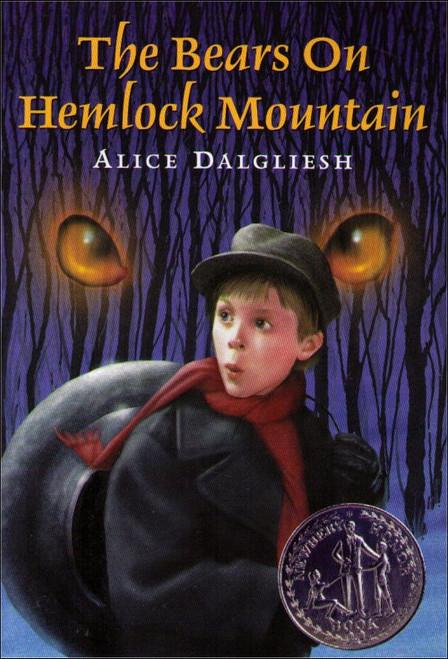 The Bears On Hemlock Mountain Paperback Book - (Alice Dalgliesh)