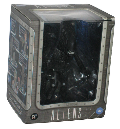 Aliens The Loyal Subjects Xenomorph Vinyl Action Figure