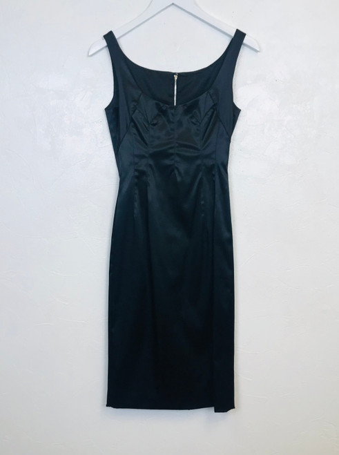 Dolce & Gabbana Black Fitted Midi Dress. Pre-Owned Designer Collections.