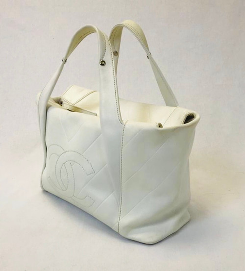 Chanel White Leather Tote Bag, Pre Owned Designer