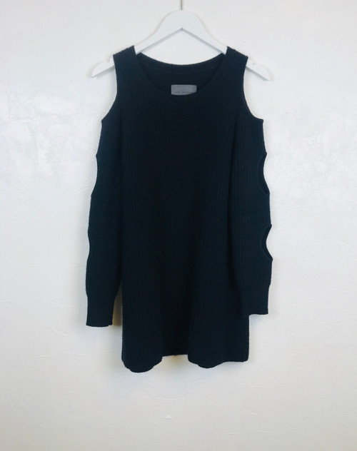 Zoe Jordan long line cut out jumper. Pre-Owned Designer