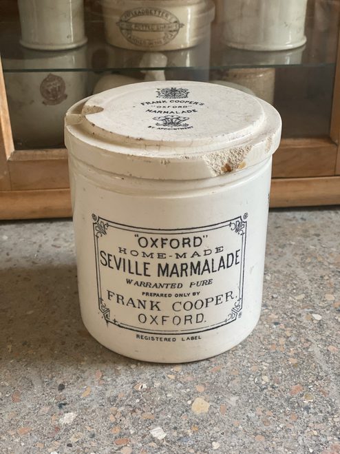rare two pound Frank Cooper with lid