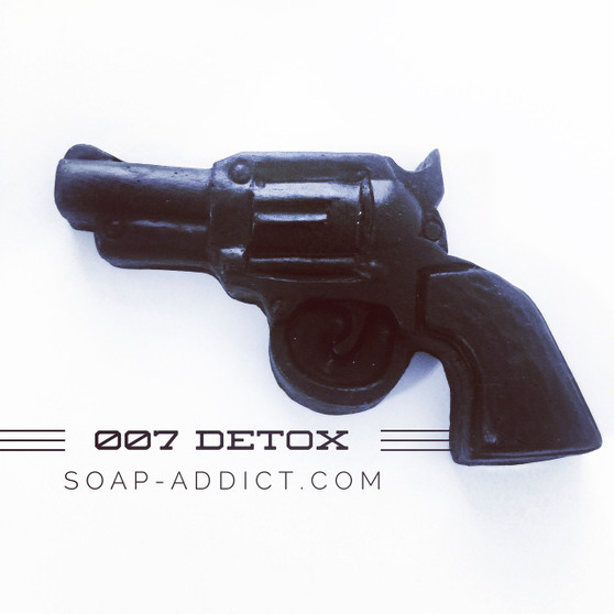 Face soap #detox 007bar removes toxins with out seating your face. Helps with #acne and #exfoliates